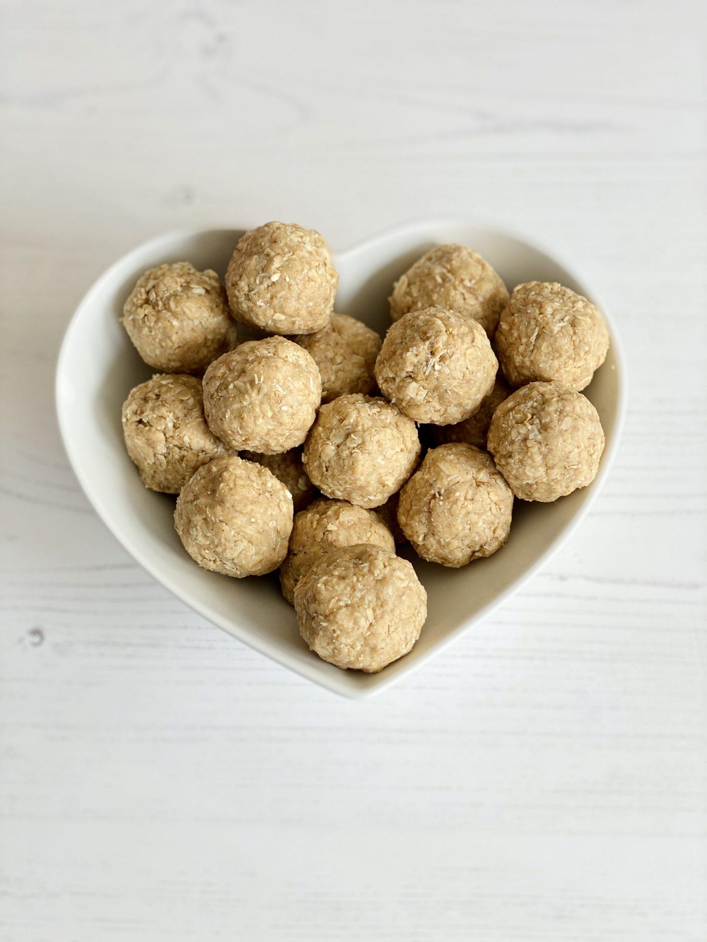 Oat & Coconut Bliss Balls