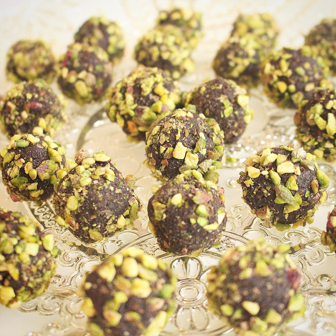 Pistachio & Lemongrass Bliss Balls